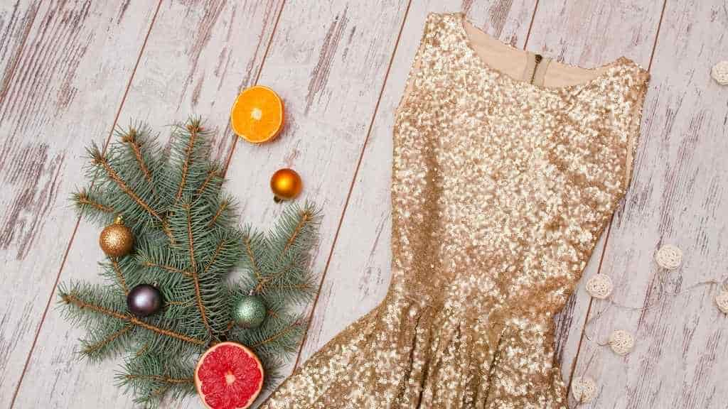 What Shoes To Wear With Gold Sequin Dress